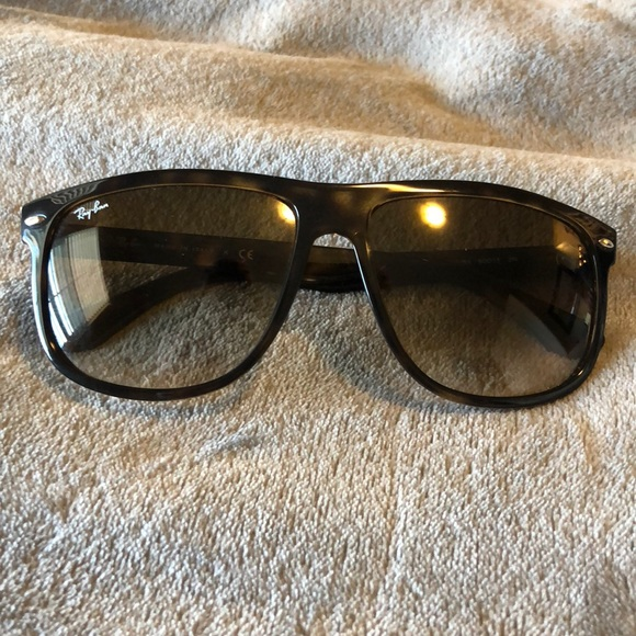 3d9fedf696 Ray-Ban Accessories - Ray-ban flat-top boyfriend tortoise sunglasses